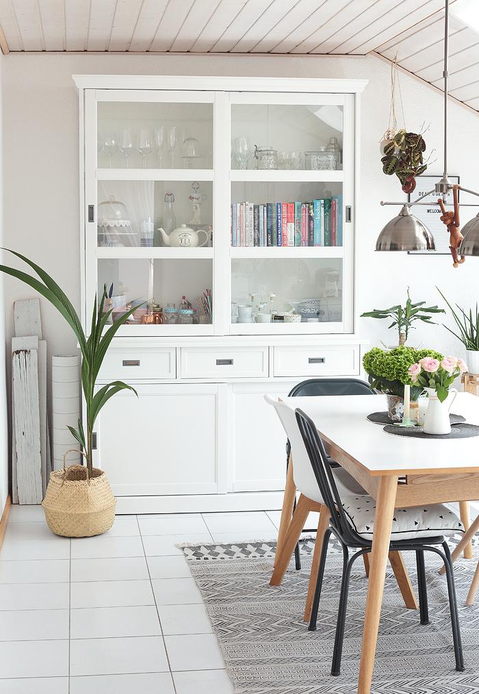 unser neues esszimmer schaut mal rein mit vorher nachher vergleich. Black Bedroom Furniture Sets. Home Design Ideas