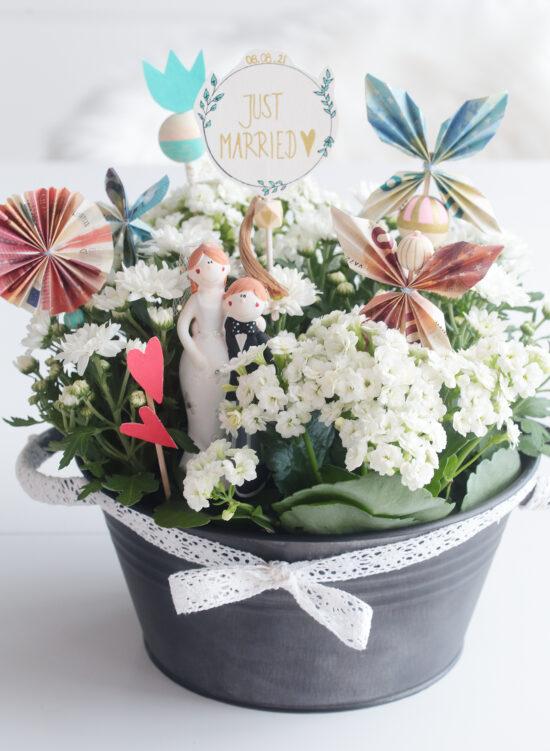 Blumenwiese als Geldgeschenk zur Hochzeit